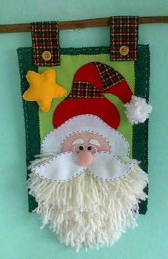 Christmas Ornament Crafts, Christmas Projects, Felt Crafts, Holiday Crafts, Diy And Crafts, Christmas Decorations, Holiday Wreaths, Christmas Christmas, Handmade Ornaments