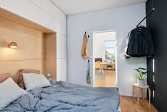 Svært attraktiv 2-roms hjørneleil. i ærverdig sveitservilla. Omfattende oppusset i nyere tid med forseggjorte detaljer. | FINN.no New Nordic, Oslo, Real Estate, Furniture, Home Decor, Terrace, Modern, Rome, Real Estates