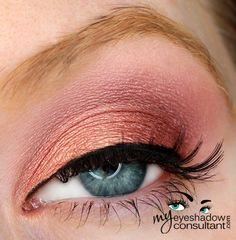 MAC eyeshadows used: •Paradisco (on lid, below crease and inner half of lower lashline) •Cranberry (outer third of lid into outer v) •Girlie (crease) •Vanilla (blend)