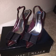 White House black market heels Dark burgundy colored sling backs with cute black bow. Patent leather shoe. True to size. Heel 3 inches White House Black Market Shoes Heels