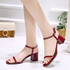 Hot heeled heels shoes with large straps for ladies. Red Block Heel Sandals, Low Block Heel Sandal, Low Heel Sandals, Shoes Sandals, Black Heels Low, Thick Heels, Low Heels, How To Make Shoes, Red Shoes