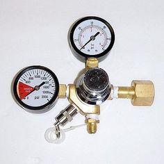 Compact Co2 Regulator Dual Gauge - Homebrewing, Draft, Beer, Kegerator, Brew
