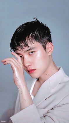 Bang bang youre dead! Baekhyun Chanyeol, Chen, Btob, Shinee, Exo Lockscreen, Exo Korean, Korean Men, Kim Minseok, Do Kyung Soo