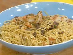 Greek Style Shrimp Scampi and Linguini from FoodNetwork.com    Just made this for dinner...added scallops and mushrooms too! Awesome!