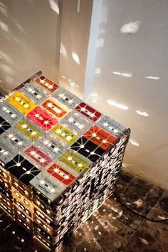 Cassette is Not Dead Features Upcycled Tapes as Lighting (4)