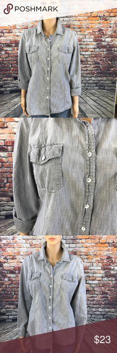 GAP ButtonDown Shirt GAP ButtonDown Shirt  100% Cotton GAP Tops Button Down Shirts