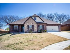 Custom, pristine home for sale in Glenpool, OK! Upgrades abound! 3 bedrooms, 2.5 baths, office with closet could be used as 4th bedroom, Cul-de-sac lot with beautiful pond view.! Entire home is Handicap accessible! Neighborhood boasts pool, park and sidewalks throughout! $218,900!
