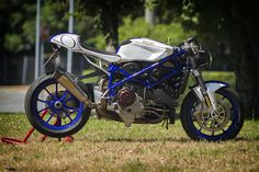 Ducati 999 Cafe Racer by Andrea Sportelli #motorcycles #caferacer #motos | caferacerpasion.com