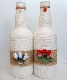 Diy Bottle, Wine Bottle Crafts, Bottle Art, Decor Crafts, Diy And Crafts, Arts And Crafts, Glitter Glasses, Recycled Glass Bottles, Bottle Painting