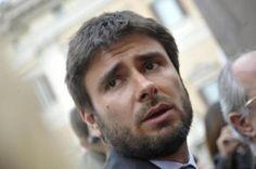 """Grognards: Alessandro Di Battista: """"Berlusconi criminale con ..."""