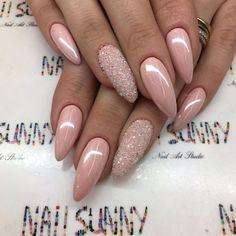 12.5 тыс. отметок «Нравится», 37 комментариев — #1 NailArt Chain In Russia (@nail_sunny) в Instagram: «Natural nude color + platinum white chrome powder Swarovski pixie = 2500₽ , мастер Инга ,…»
