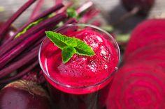 Rode bieten smoothie met een stevige bite