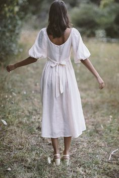 The bellflower midi dress in cream ~ (pre order) — Kara Thoms Summer Dress Outfits, Spring Outfits, Cool Outfits, Modest Fashion, Fashion Outfits, Woman Outfits, Everyday Dresses, Beautiful Gowns, Elegant Dresses