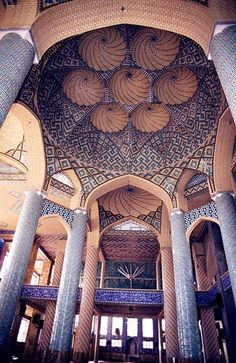 ♥ ~ ♥ Blue and White ♥ ~ ♥Ālī Qāpū, Isfahan, Iran Persian Architecture, Ancient Architecture, Beautiful Architecture, Art And Architecture, Mosque Architecture, Voyage Iran, Sainte Sophie, Iran Travel, Templer