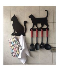 Cats With Down Syndrome Key: 6017217411 Cat Crafts, Wood Crafts, Diy And Crafts, Pet Gifts, Cat Lover Gifts, Crazy Cat Lady, Crazy Cats, Cat Ideas, Wood Projects