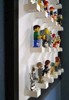 Lego Storage Ideas: The Ultimate Lego Organisation Guide Lego storage ideas & photos. How to organise lego by colour, size, set or purpose. Plus ideas on how to display Lego. The ultimate Lego storage guide! Deco Lego, Mini Figure Display, Lego Display, Lego Minifigure Display, Display Wall, Display Stands, Display Design, Deco Kids, Toy Storage