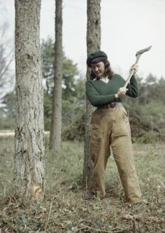 Women's Timber Corps Training Camp at Culford, Suffolk Jean Sheehan, a Land Army girl, chopping a tree. Dig For Victory, Ww2 Women, Women's Land Army, Land Girls, British Home, Women In History, World War Two, First World, Wwii