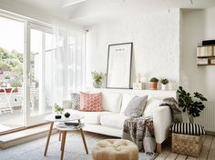 Get home design inspiration from Julie Lancia and Jodie Kammerer, of The Design Twins. Take a look inside each of their homes and find ideas for your own home interior. Small Living Room Design, Small Living Rooms, Living Room Designs, Living Spaces, Living Room Inspiration, Creative Home, Living Room Furniture, Sweet Home, Interior Design