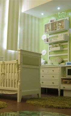 Casa Cor® – Quarto de bebê fundo do mar verde e branco
