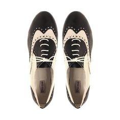 Sapatos que toda mulher deve ter