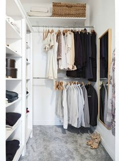 Ideas small closet design layout walk in dressing rooms Walking Closet, Small Closet Organization, Closet Shelves, Closet Storage, Bedroom Organization, Storage Room, Organization Ideas, Organizing, Open Shelves