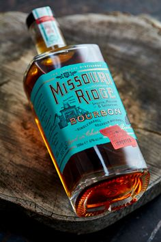 Ginger Monkey Design Creates Eye-catching Missouri Ridge Bourbon Label - World Brand Design Society Whisky, Bourbon Whiskey, Label Design, Packaging Design, Branding Design, Logo Design, Wacom Intuos, Ipad Pro, Adobe Photoshop