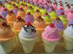 ice cream cone bath bombs