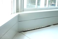 Building a Window Seat with Storage in a Bay Window - Pretty Handy Girl Window Storage Bench, Bay Window Benches, Window Ledge, Window Seats, Bedroom Window Design, Contemporary Kitchen Tables, Banquette Seating In Kitchen, Classic Window, Industrial Dining Chairs