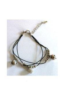 A vendre sur #vintedfrance ! http://www.vinted.fr/accessoires/bracelets-and-joncs/15945876-bracelet-angel-perles-argentees-et-strass