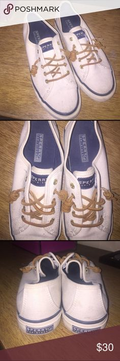 Cream sperrys Women's size 6 cream sperrys! Good condition! Sperry Top-Sider Shoes Sneakers