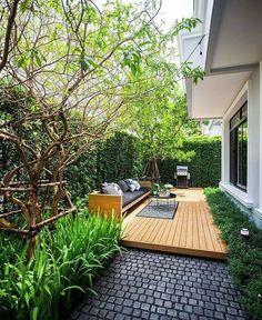 Small Backyard Design, Small Backyard Gardens, Home Garden Design, Backyard Garden Design, Garden Landscape Design, Patio Design, Home And Garden, Lanai Design, Small Backyards