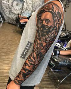 So much fun do this piece at , no edit, no effect 😊🙏 Gangster Tattoos, Dope Tattoos, Hand Tattoos, Forarm Tattoos, Cool Chest Tattoos, Badass Tattoos, Skull Tattoos, Body Art Tattoos, Chicano Tattoos Gangsters