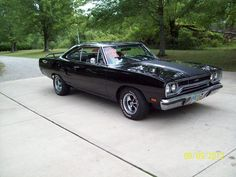 1970 Plymouth GTX 440+6 - great car, but loose the crappy Keystone Klassic wheels.