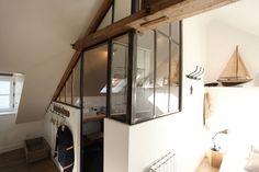 Une verrière façon atelier - Combles aménagés façon loft - Journal des Femmes Décoration