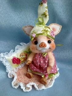 Piggy FI FI by By Vladlena   Bear Pile