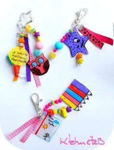 cadeaux maîtresses Diy Cadeau Maitresse, Teacher End Of Year, Tinkerbell, Diy And Crafts, Crafts For Kids, Christmas Craft Fair, Shrink Art, Shrinky Dinks, Shrink Plastic