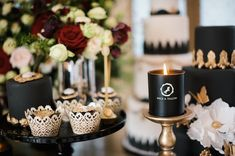 Luxurious Black & Gold Wedding Inspiration | Kate Nielen Photography | Bridal Musings Wedding Blog 22