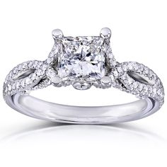 <li>Princess cut diamond engagement ring</li><li>14-karat gold bridal jewelry</li><li> <a href='http://www.overstock.com/downloads/pdf/2010_RingSizing.pdf'><span class='links'>Click here for ring sizing guide</span></a></li>
