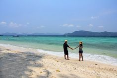 Small Islands Lover Day Trip Bon and Coral http://www.jctour-phuket.com/all_thing_to_do/islandlove.php