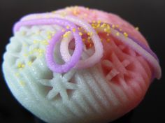 "Japanese Sweets ""wagashi"",  Star Princess and low cage (made by cutting the batter)"