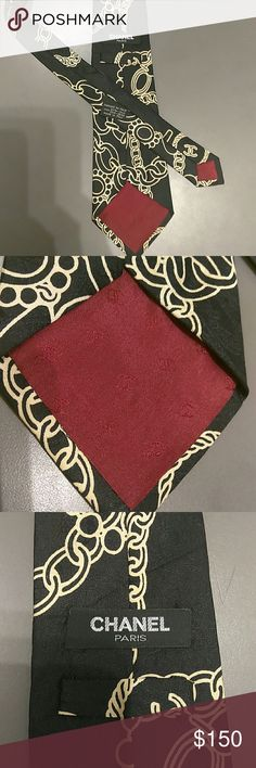💯 vintage Chanel tie Vintage original Chanel tie is 100 silk this is amazing with hints of the Chanel logo on it it's a classic look . For any outfit you put together . Its in wonderful condition from a smoke free home . CHANEL Accessories Ties