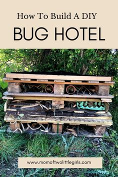 How to build a bug hotel using recycled materials. A bug hotel using pallets and plastic bottles is a great project for the whole family. A DIY bug hotel made by kids is fun for the whole family. Outdoor Activities For Kids, Spring Activities, Outdoor Learning, Outdoor Play, Learning Activities, Preschool Learning Toys, Wine Jokes, Electronic Packaging, Bug Hotel