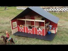 How to make a Doll Barn Barbie Furniture, Dollhouse Furniture, Toy Horse Stable, Horse Stables, Barbie Horse, Kids Barn, Toy Barn, Barbie Doll House, Barbie Dolls