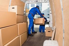 Packers and Movers Cochin to bangalore charges Rate List, Best Movers and Packers Cochin services very affordable Cost. Top Packers and Movers Cochin good charges and Best Price List. Cochin Packers and Movers Top 6 List Moving And Storage Companies, Best Moving Companies, Companies In Dubai, Local Movers, Best Movers, Packing Services, Moving Services, Ottawa, Interstate Moving