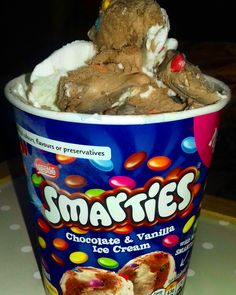 Smarties ice cream!! Vanilla & chocolate ice creams filled with TONNES of Mini Smarties!  Review online, click the link  #smarties #icecream #chocolate #vanilla #snacks #junkfood #food #review
