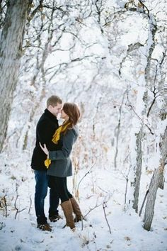 Winter Engagement Photo Shoot and Poses Ideas 26