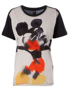 Mickey Mouse t-shirt Fashion Words, Mickey Mouse T Shirt, Jersey Shirt, Tee Shirt, Pretty Shirts, Disney Style, Printed Tees, Cool Tees, Shirt Designs
