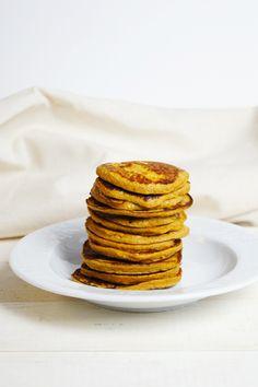 Miękkie, delikatne i naturalnie słodkie placuszki z batatów to idealna opcja śniadaniowa. Nie zawierają mąki, więc naturalnie są bezglutenowe i bez laktozy,…