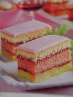 Punčové rezy :: Úžasné recepty Czech Desserts, Just Desserts, Dessert Cake Recipes, Cookie Recipes, Baking Cupcakes, Cupcake Cakes, Yummy Treats, Yummy Food, Novelty Birthday Cakes