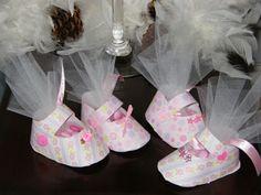 Paper Baby Shoe Favor...Baby Shower